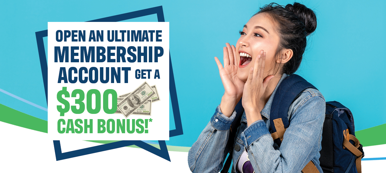 Woman with jean jacket and back pack shouting about the Benchmark Federal Credit Union $300 cash bonus checking account promo.